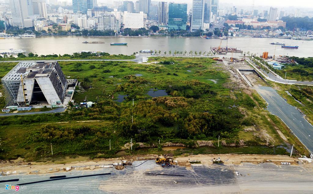 Nhà cầm quyền cộng sản tại Sài Gòn bán đất để xây nhà hát Thủ Thiêm nghìn tỉ