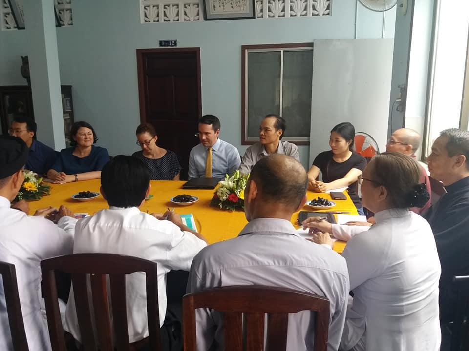 Nhiều nhà hoạt động xã hội dân sự gặp gỡ phái đoàn Hoa Kỳ trước đối thoại Việt -Mỹ