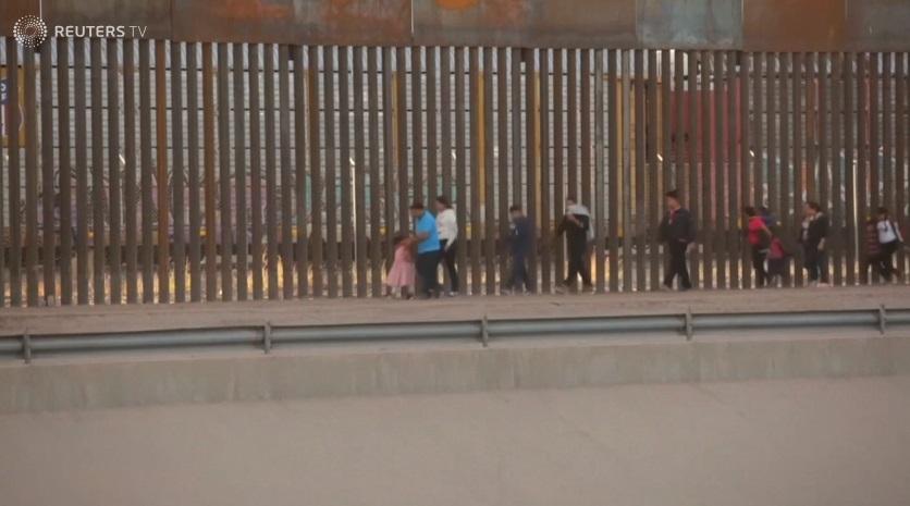 Tòa kháng án cho phép chính phủ tiếp tục trao trả người tầm trú về Mexico