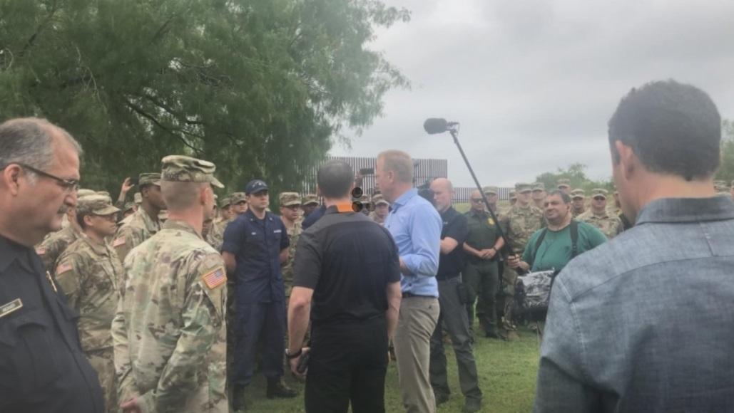 Bộ Nội An yêu cầu quân đội hỗ trợ khi số lượng di dân tăng cao ở biên giới