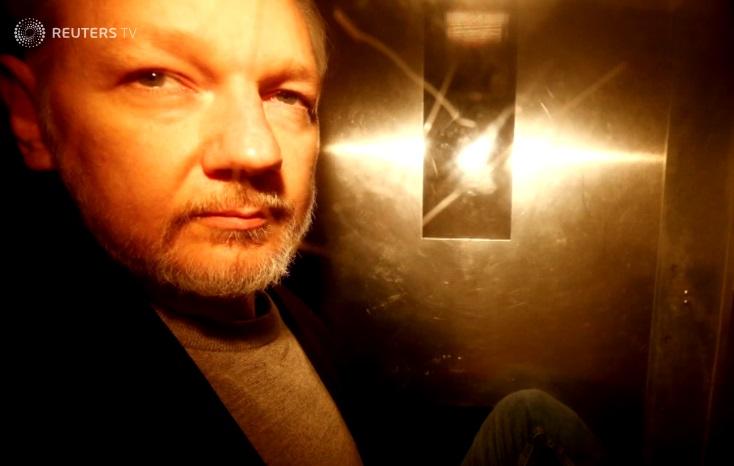 Julian Assange bị kết án 50 tuần tù ở Anh vì trốn đóng tiền thế chân tại ngoại