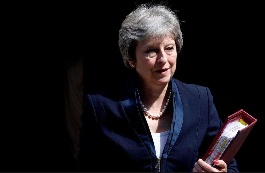 Cuộc đua tranh ghế thủ tướng kế nhiệm Theresa May khiến Brexit bị bỏ quên