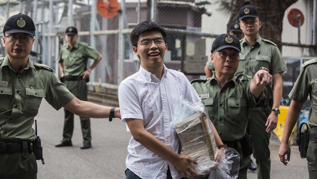 Nhà hoạt động dân chủ Hồng Kông Joshua Wong được trả tự do