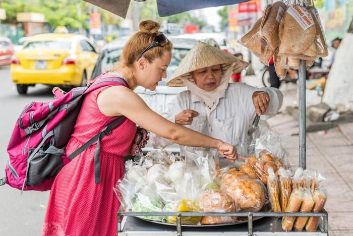 """Báo ngoại quốc đưa 7 """"bí kíp"""" giúp du khách đến Sài Gòn du lịch an toàn"""
