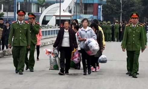 Thiếu nữ Việt Nam bị bán sang Trung Cộng chỉ với giá 4,5 triệu đồng