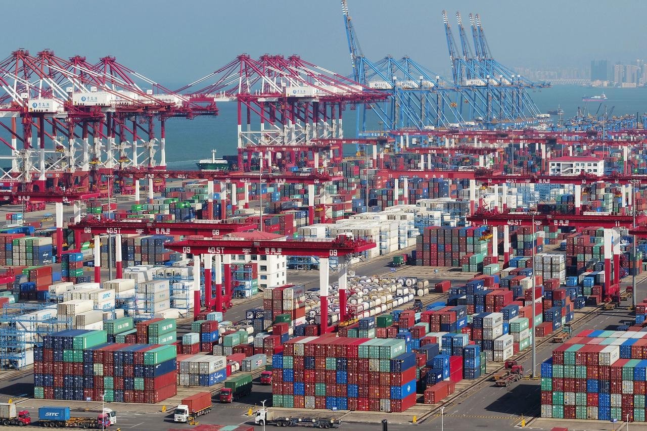Hoa Kỳ báo động hàng Trung Cộng đổi xuất xứ thành Made In Vietnam