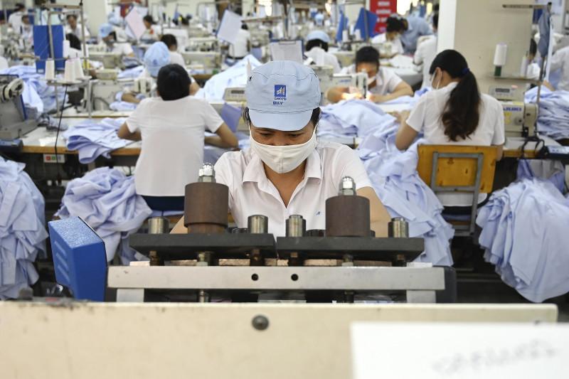 Việt Nam không thể thay thế Trung Cộng trong vấn đề thương mại