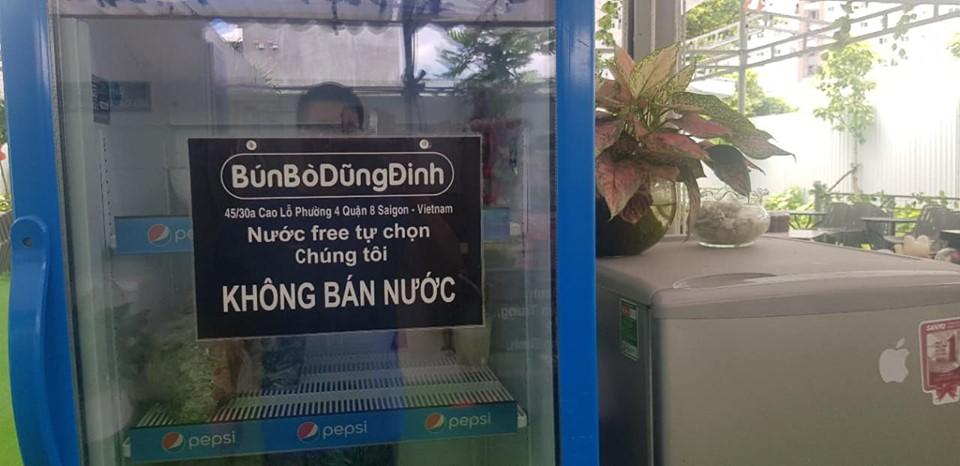"""Cưỡng chế tháo dỡ quán bún bò """"không bán nước"""" ở Sài Gòn"""
