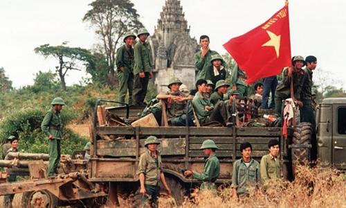 Quân đội CSVN hành quyết tập thể đảng viên cộng sản Campuchia?