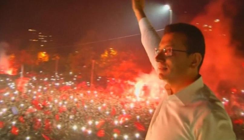 Phe đối lập Thổ Nhĩ Kỳ giành quyền kiểm soát Istanbul