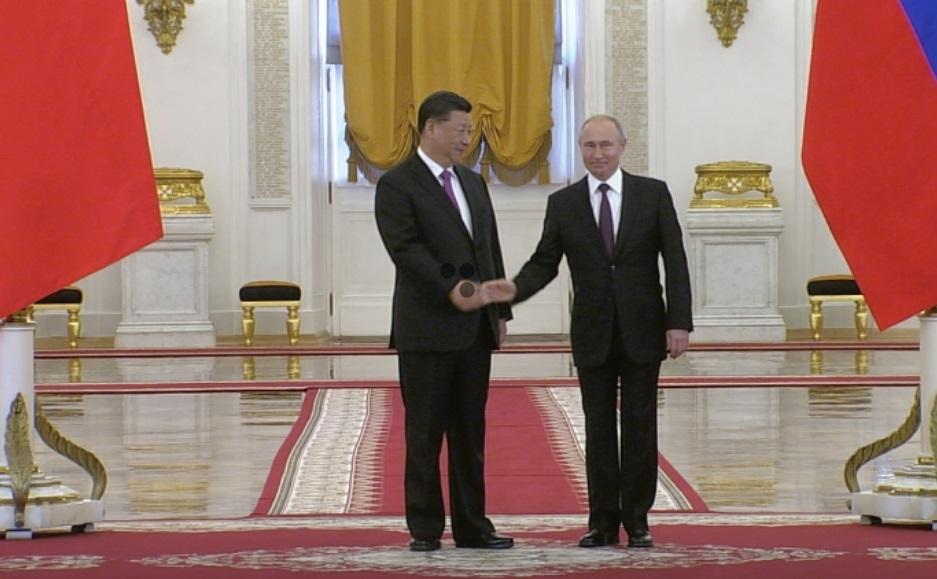 Nga và Trung Cộng liên kết để đối phó áp lực từ Hoa Kỳ