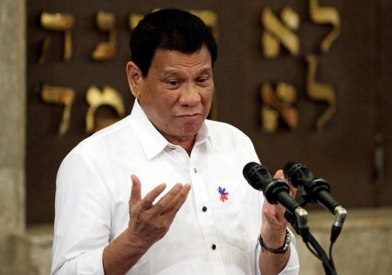 Tổng thống Philippines vẫn ủng hộ Trung Cộng, bất chấp áp lực về vụ va chạm trên biển