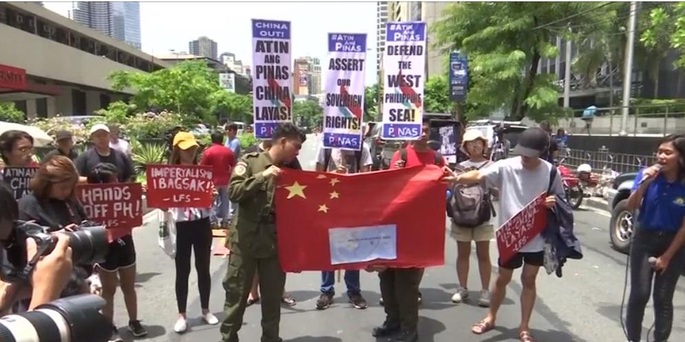 Philippines yêu cầu Trung Cộng trừng phạt tàu cá tấn công ngư dân