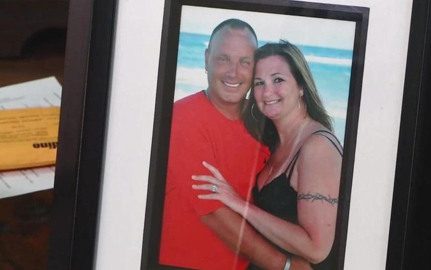 Dominica gây sức ép buộc hỏa táng nữ du khách Mỹ tử vong