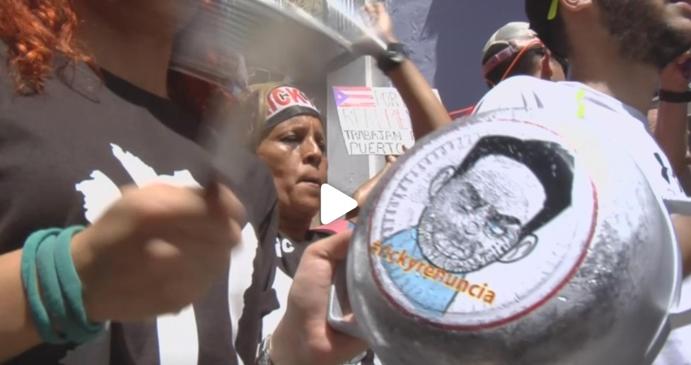 Các nhà lập pháp Hoa Kỳ yêu cầu thống đốc Puerto Rico từ chức