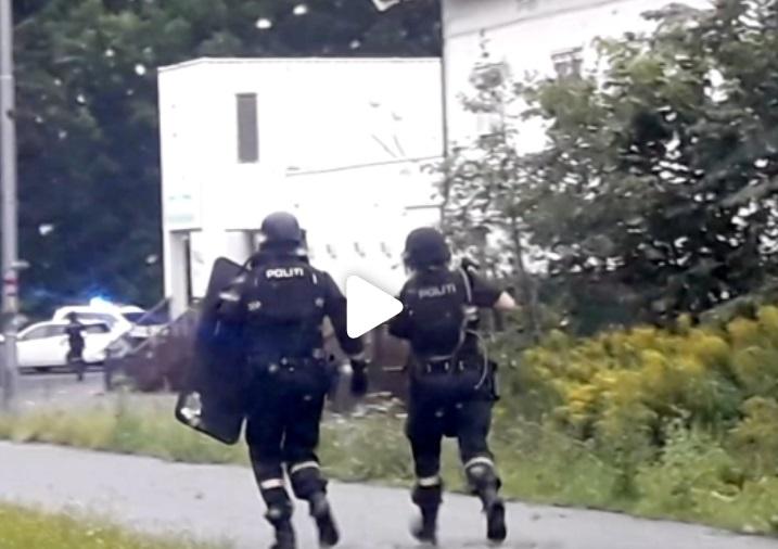 Nổ súng bên trong một thánh đường Hồi Giáo tại Na Uy
