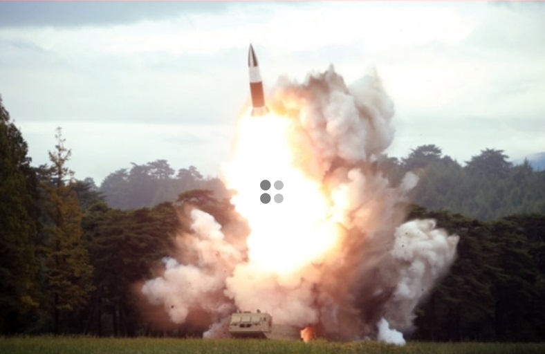 Chủ tịch Bắc Hàn tiếp tục giám sát việc bắn thử vũ khí mới