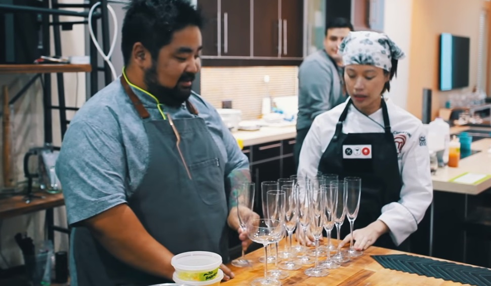 Vua đầu bếp khiếm thị Việt Christine Hà mở nhà hàng đầu tiên ở Houston