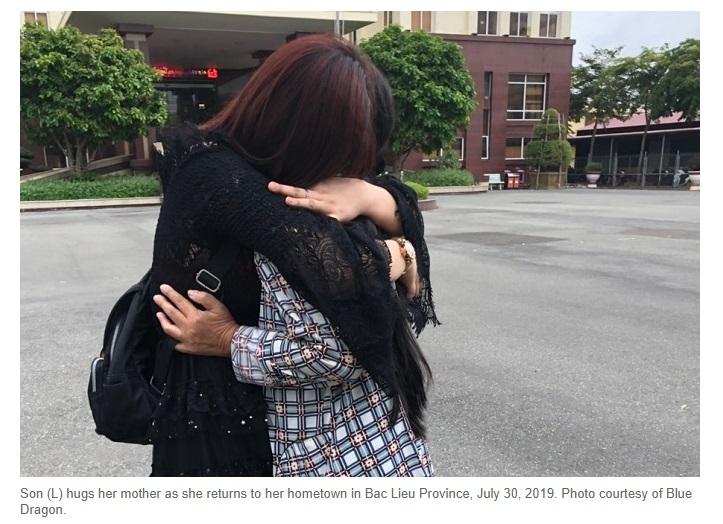 Hai phụ nữ Việt bị lừa bán sang Trung Cộng đã trở về quê nhà