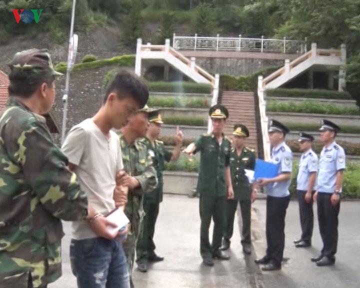 Hành Khách Trung Cộng trộm tiền của khách Nhật trên phi cơ Việt Nam