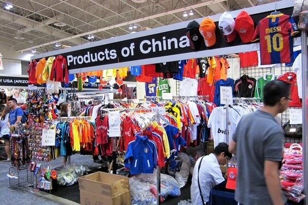 Hàng hoá Trung Cộng nhập vào Việt Nam tăng đột biến
