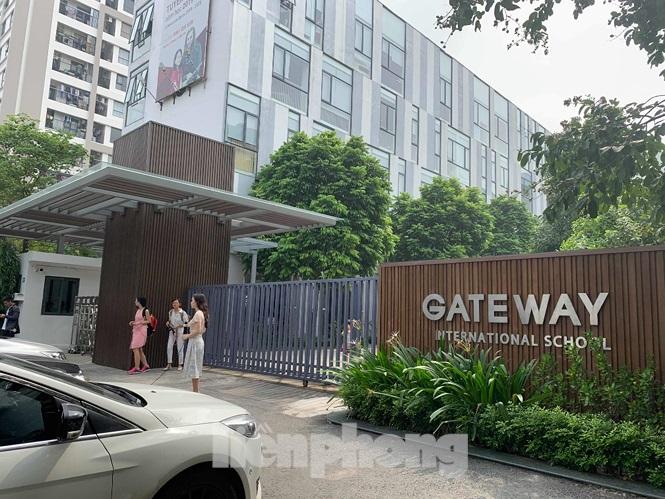 Công an Hà Nội bác tin đồn tài xế xe đưa rước trường Gateway tự tử