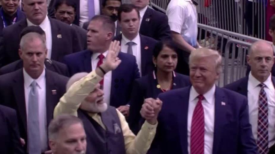 Tổng thống Trump và thủ tướng Ấn Độ Modi gặp nhau tại Texas