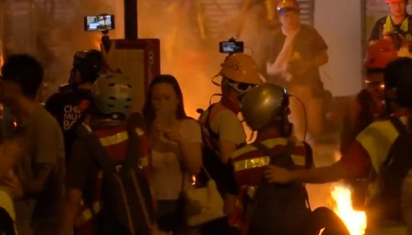 Cảnh sát Hồng Kông có mặt tại phi trường trước cuộc biểu tình dự kiến sẽ diễn ra