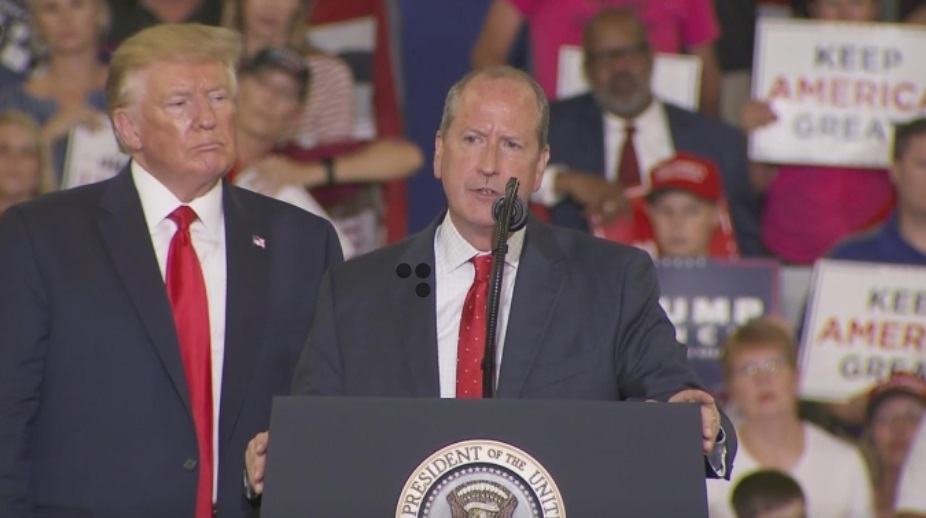Tổng thống Trump vận động tại North Carolina trước cuộc bầu cử đặc biệt