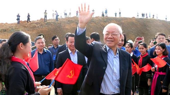 """Nguyễn Phú Trọng thề sẽ đánh bại """"giặc nội xâm"""""""