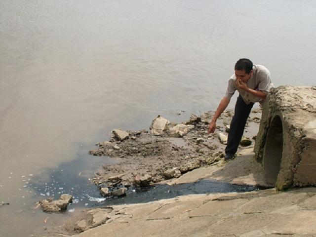 Nước sông ô nhiễm được dùng làm nước sạch cho gần 9 triệu dân Sài Gòn