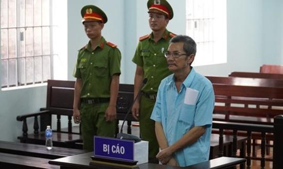 Giáo viên nhạc bị kết án tù 5 năm vì tội xâm hại tình dục học sinh