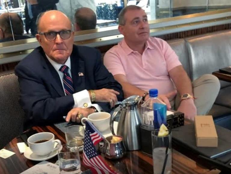 Tổng thống Trump ca ngợi luật sư riêng Rudy Giuliani