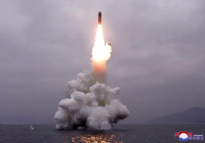 Bắc Hàn tuyên bố thành công trong việc thử hỏa tiễn đạn đạo phóng từ tàu ngầm