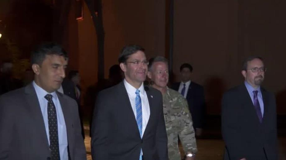 Bộ Trưởng Quốc Phòng Hoa Kỳ đến Afghanistan nối lại các cuộc đàm phán với Taliban