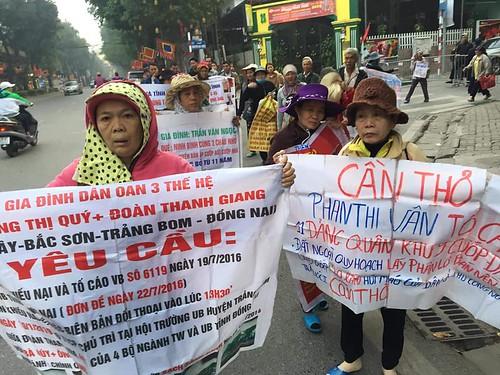 Hà Nội tìm cách ngăn chặn dân oan đi tố cáo đông người trước đại hội đảng
