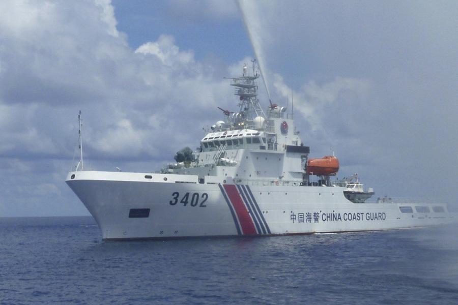 Âm mưu của tàu Trung Cộng khi cố tình phát tín hiệu nhận diện ở Biển Đông