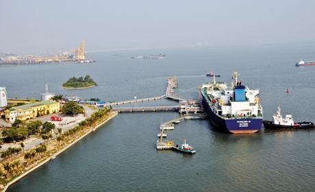 Tập đoàn Trung Cộng muốn mở tuyến container biển tại cảng Vũng Áng Hà Tĩnh