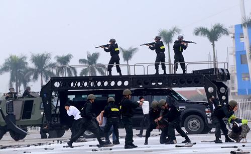 CSVN dự định thành lập trung đoàn cảnh sát cơ động kỵ binh bảo vệ chế độ