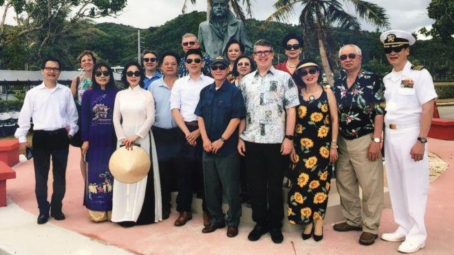 Cộng đồng người Mỹ gốc Việt dựng tượng đài ở Guam để tưởng nhớ người lính hải quân Mỹ