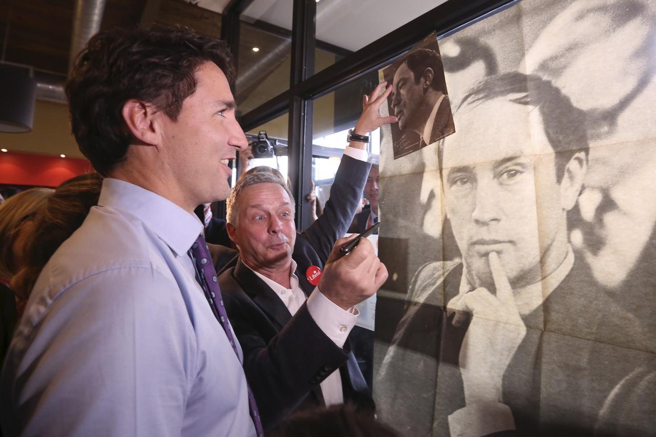 Thủ Tướng Canada đang gặp khó khăn trong việc duy trì quyền lực