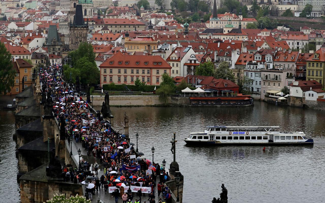 Thành phố Prague cắt quan hệ kết nghĩa với thành phố Bắc Kinh