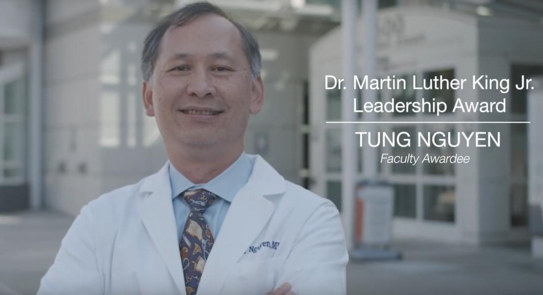 Bác sĩ Tùng Nguyễn nhận bằng khen thưởng Martin Luther King Leadership Award