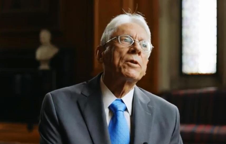 Thời gian phục vụ trong chiến tranh Việt Nam định hình cuộc đời giáo sư đại học Cornell