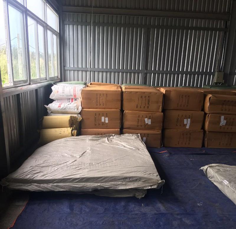 """7 tấn chăn, gối, nệm """"Việt Nam"""" được sản xuất tại Trung Cộng"""