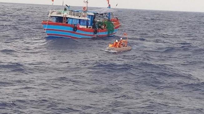 Vợ của ngư dân chết trên biển bị vòi hối lộ 7 triệu đồng khi làm hồ sơ cho chồng
