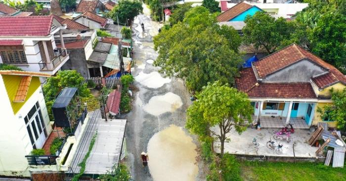 Làm 1 con đường, nhà thầu Trung Cộng phá nát 7 tuyến đường ở Quảng Ngãi