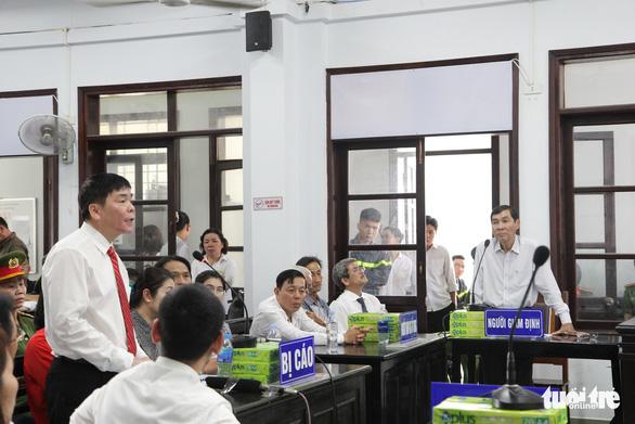 Vợ chồng luật sự nhân quyền Trần Vũ Hải bị kết án 12 tháng cải tạo không giam giữ