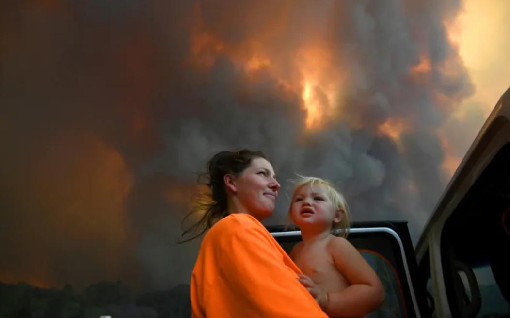 Đợt hỏa hoạn nghiêm trọng khắp phía đông và phía tây nước Úc