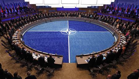 Tổng Thống Donald Trump ngụ ý về việc áp thuế lên hàng hóa Canada và các quốc gia trong liên minh NATO